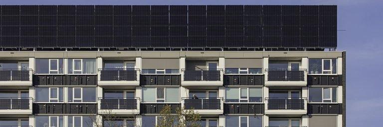 Van ouderwetse jaren 60-flat naar energieleverend onderkomen